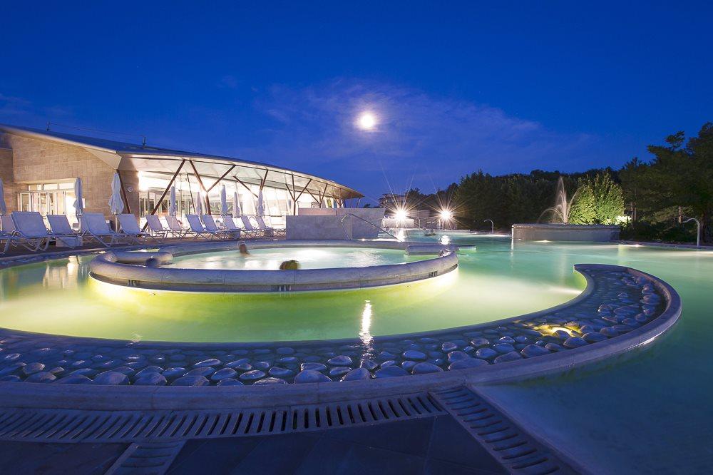 Hotel mediterraneo chianciano terme insieme alle - Piscine theia chianciano ...